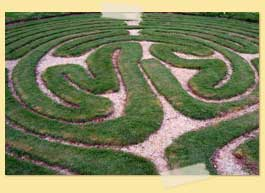 Image of a labyrinth made of grass